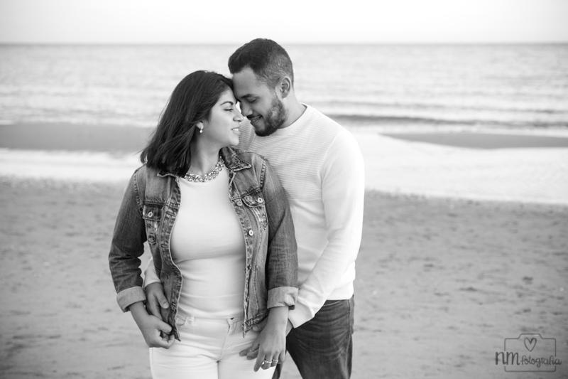 11-sesion-fotos-pareja-playa